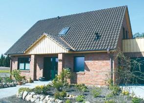 Satteldachhaus mit Balkon bauen in Winsen Aller, Celle und Hannover