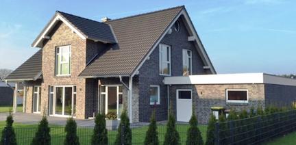 Zwerchgiebel-Haus in Winsen Aller bei Celle bauen